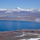 Кайлас отражается в озере демонов Ракшастал