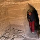 Пещерная 'квартирка' в Цапаранге